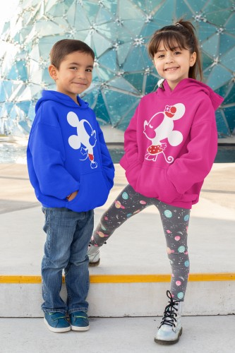 pullover-hoodie-mockup-featuring-two-smiling-kids-31671.png
